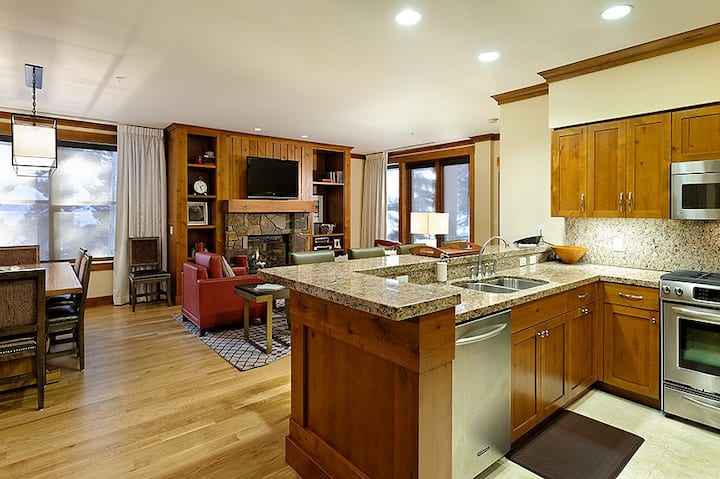 Residences at Snowmass Club: Sanctuary 3 Bedroom
