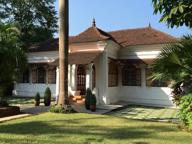The Villa Goa - Luxury Indo–Portuguese Mansion