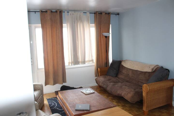 Other side of the living room. That's the futon that accommodates guests 3 and 4.