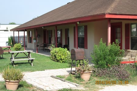 Atascosa Outlook Resort in Arroyo City, TX