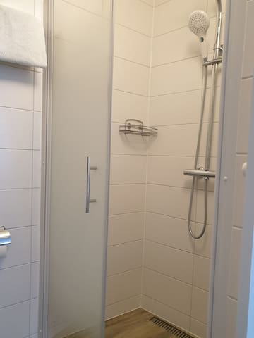 Zimmer mit eigener Dusche