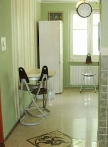 Homey 1-2 bed apartment - Daire