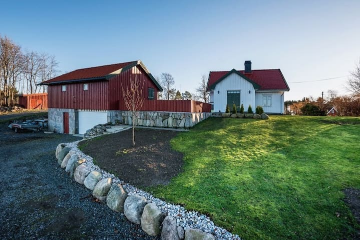 Charming old farm house - Arendal