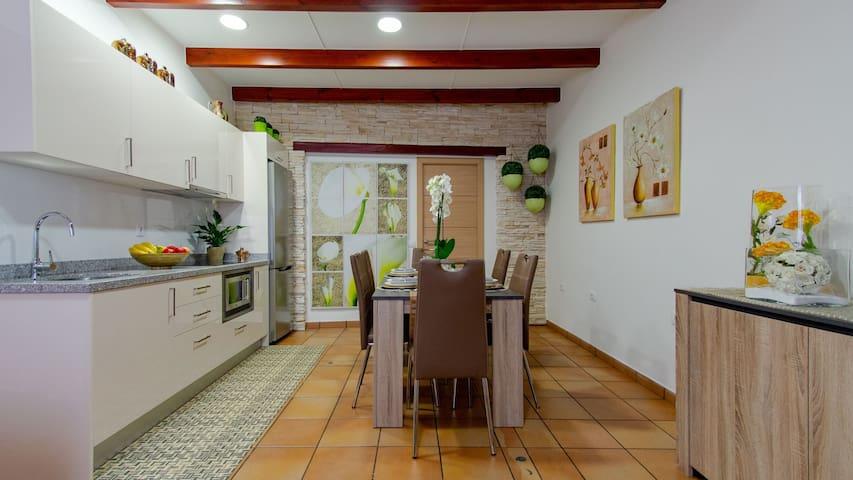 La Casa de Leo