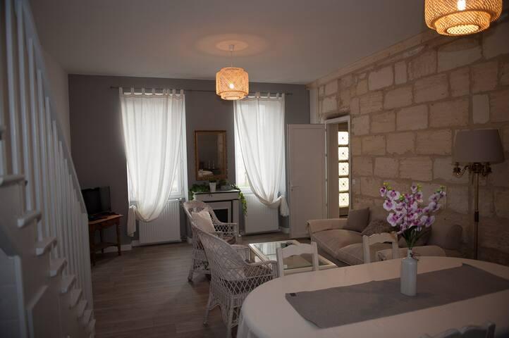 Les gîtes de Léa Appartement 100 m² à Margaux