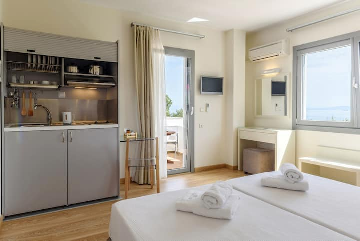 Double Studio (23) in Chios for 2 adults