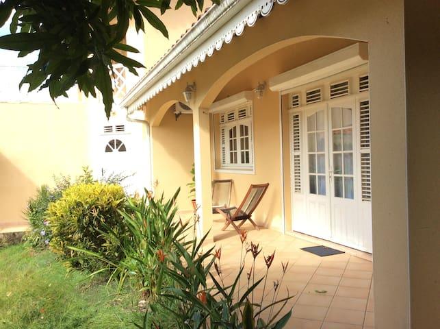 villa indépendante chez l'habitant