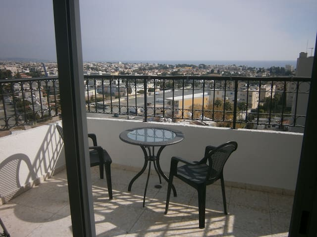 2-Bdr Apartment with amazing view - Mesa Geitonia - Apartamento