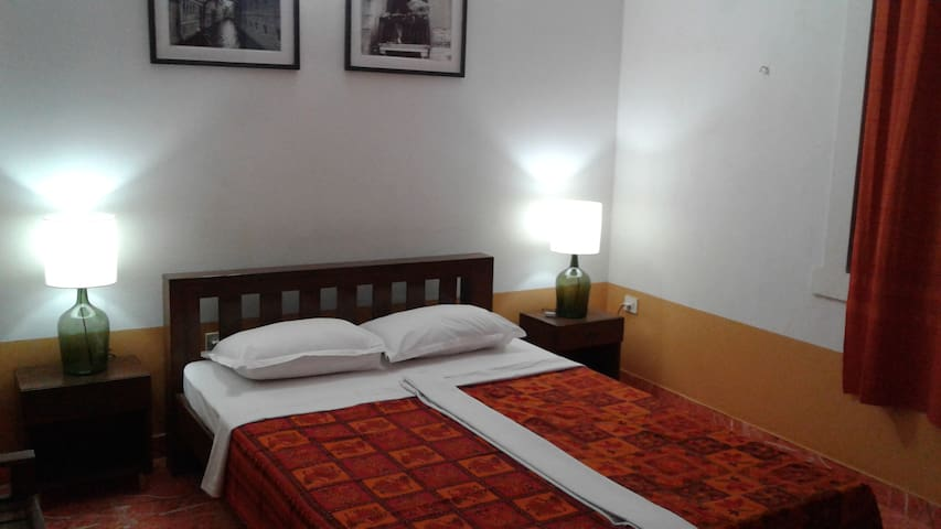 Suite near Mall De Goa - Goa del norte - Bed & Breakfast