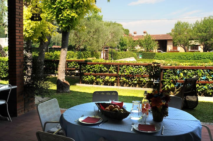 """Family Paradise in the countryside """"IL CASCINALE"""""""