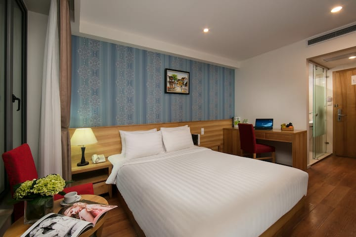 Central location Hotel Double room+Breakfast