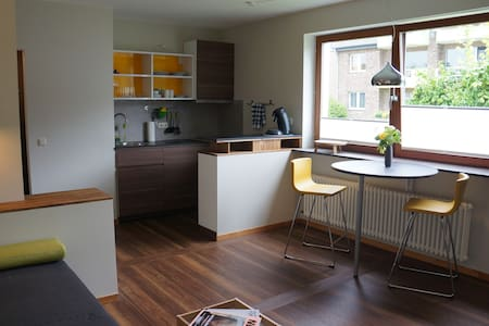 Sunny & comfortable One-Room-Apartment in Aachen - Aachen