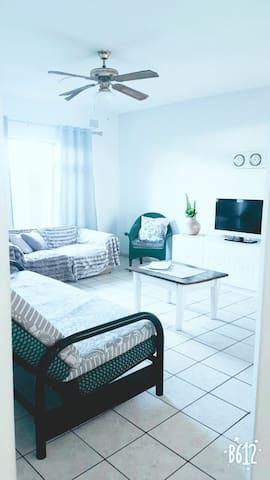 Carr Mill Apartment Margate Beach