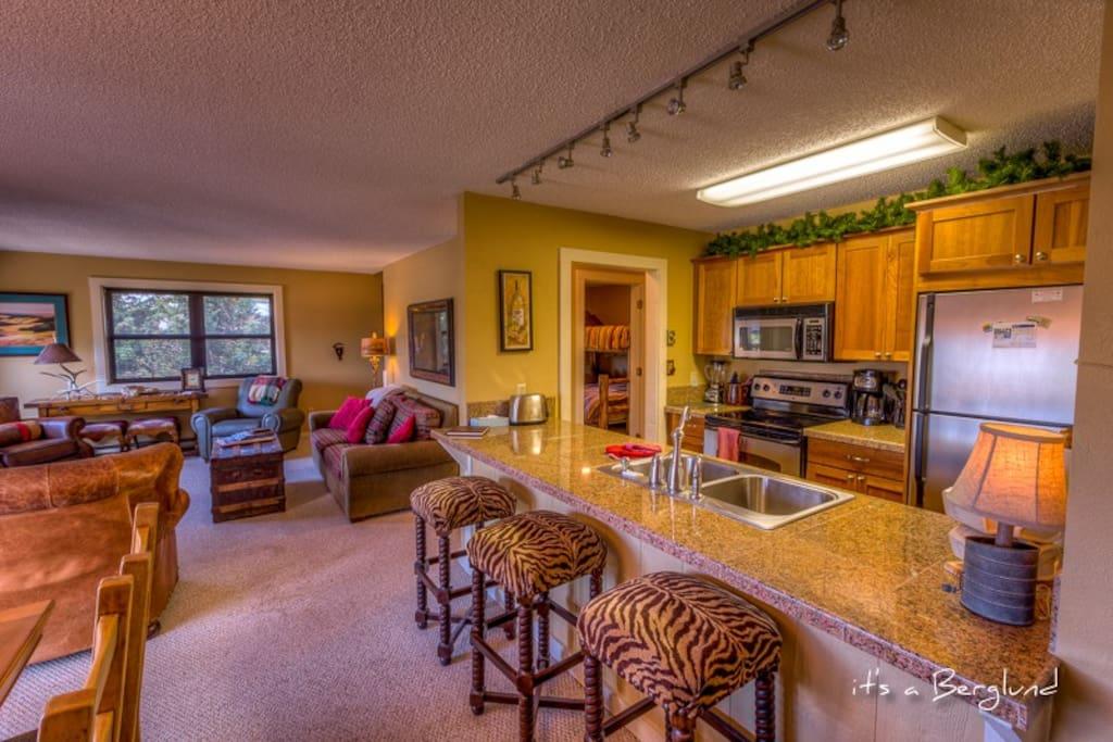 Kitchen, Bar, Great Room