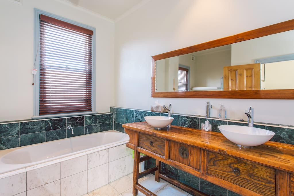 Upstairs bathroom - shared across rooms 1, 2 and 3