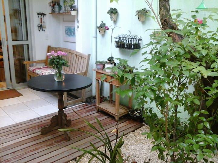 Casa Aconchegante em Vila com café da manhã