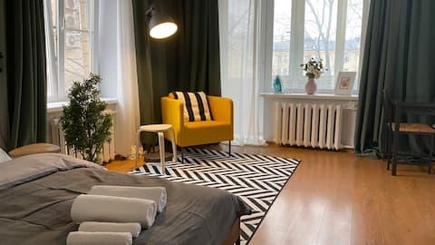 Bright and cozy studio on Krasnaya Presnya