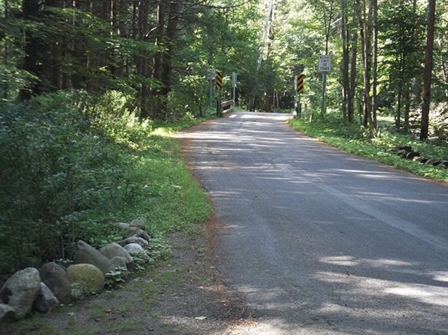 Gumear Falls Road