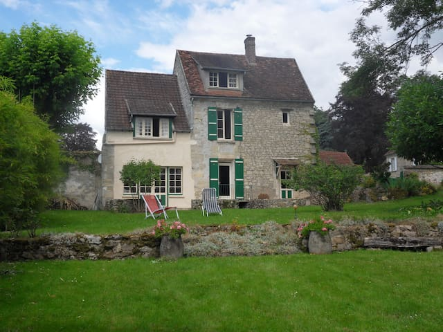 French country house - 50min Paris - Chavençon - Huis