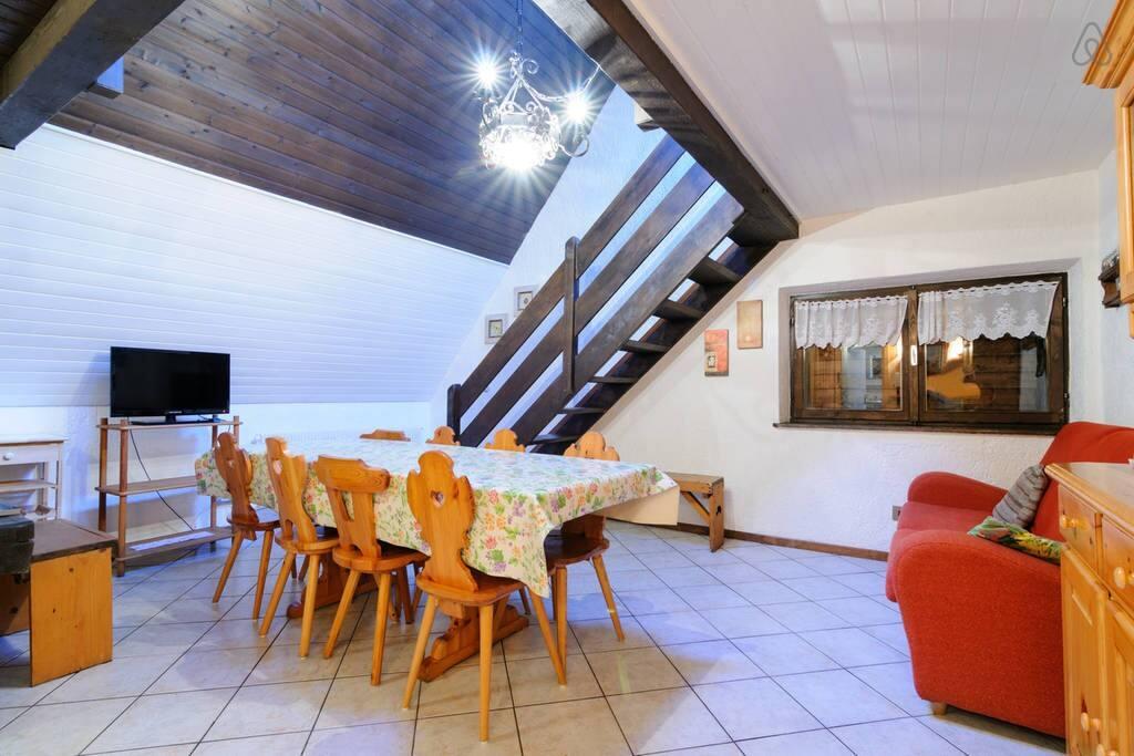 Soggiorno (1) / Living room (1)