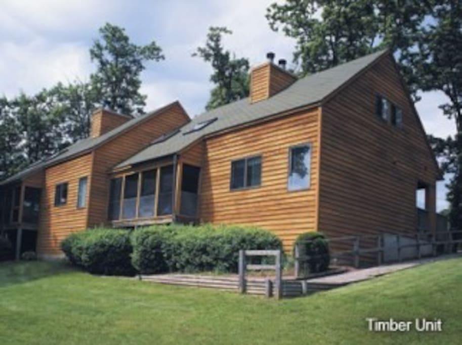 Wisconsin dells 2 bedroom 2 bath cabin sleeps 6 cabins for Cabins in wisconsin dells for rent