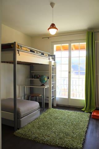 Bedroom 3 (90x200 & 90x180), 1st floor