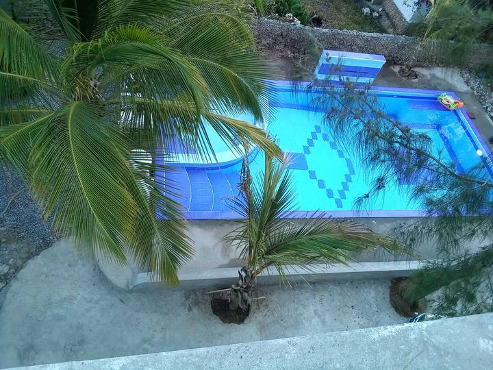 SPACIOUS 3 Bedroom with pool and sea view