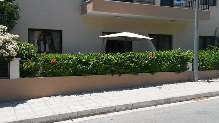 Clea, 2 Bedroom Apartment with communal pool