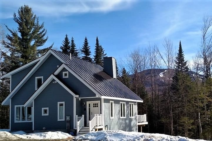 New Home by Burke Mountain in East Burke VT - バーク - 別荘
