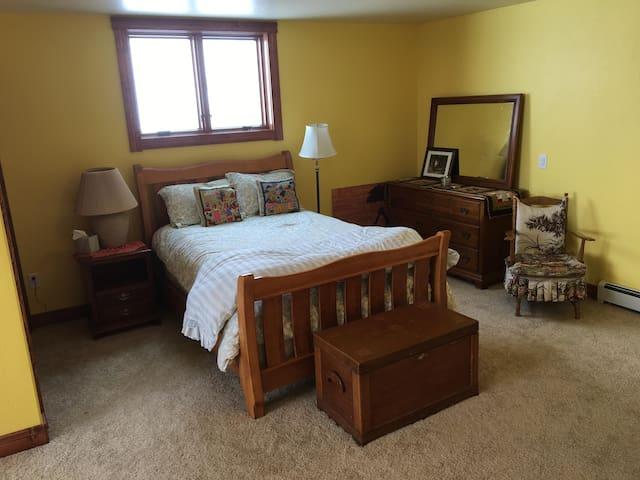 Private Bedroom for 4 in new home
