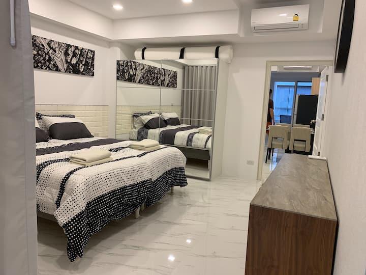 2 bedroom unit Sky Beach Pattaya