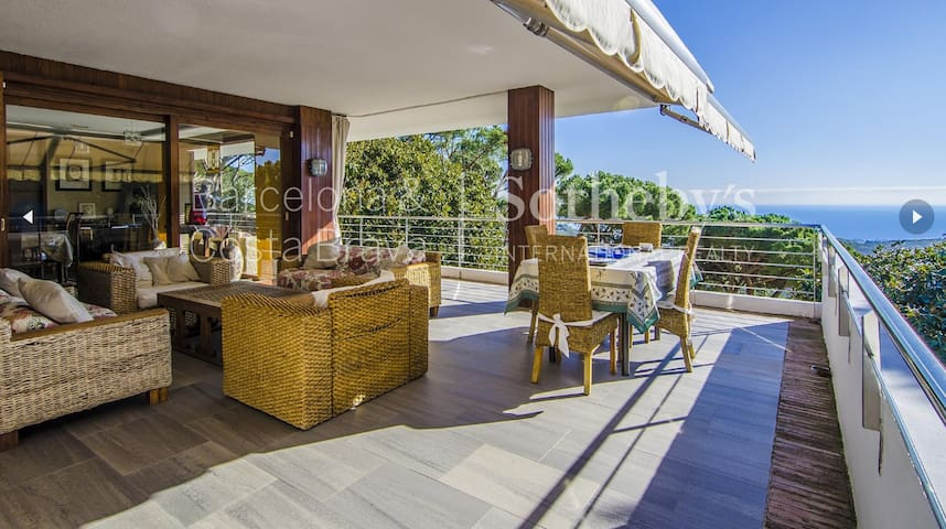 Your own private luxury estate! - Sant Andreu de Llavaneres - Rumah