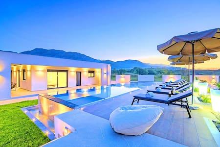 Villa Solaris with Jaccuzzi