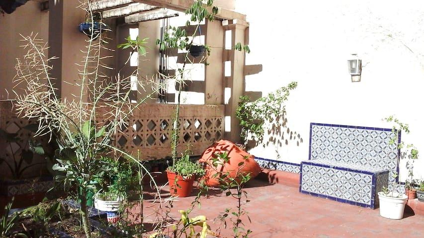 Chambre clair donnant sur terrasse - San Fernando - Apartment