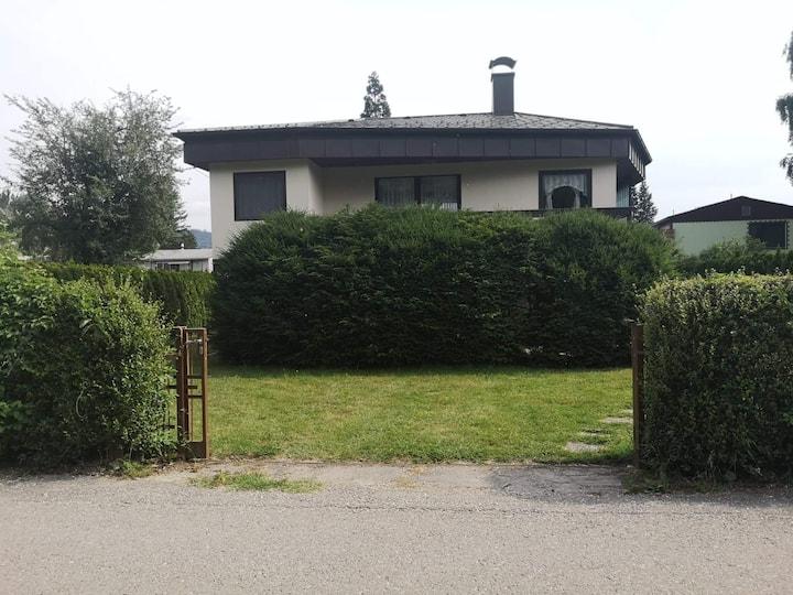 Stelzenhaus inmitten der Donauau/Donauradweg!