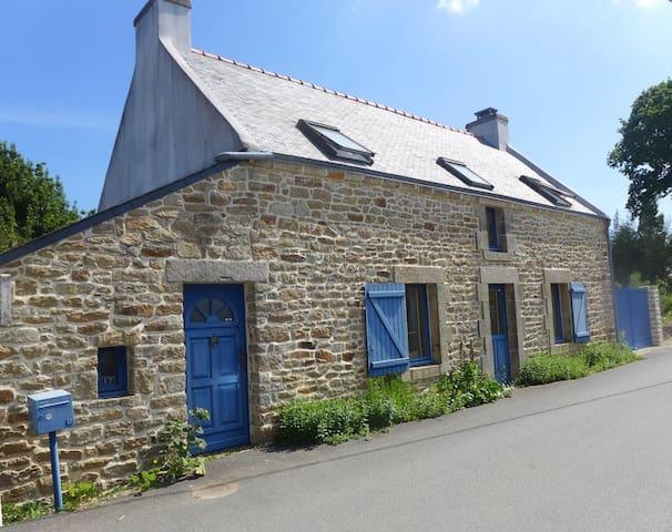 maison pêcheur , 5 min  du port, 8 km des plages - Bono - Huis