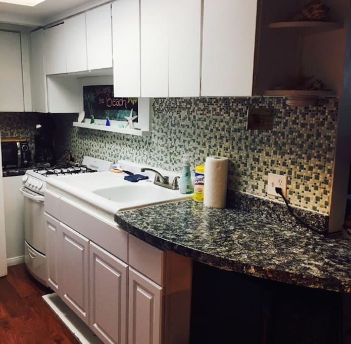 Kitchen/bartop stove, microwave, coffee maker
