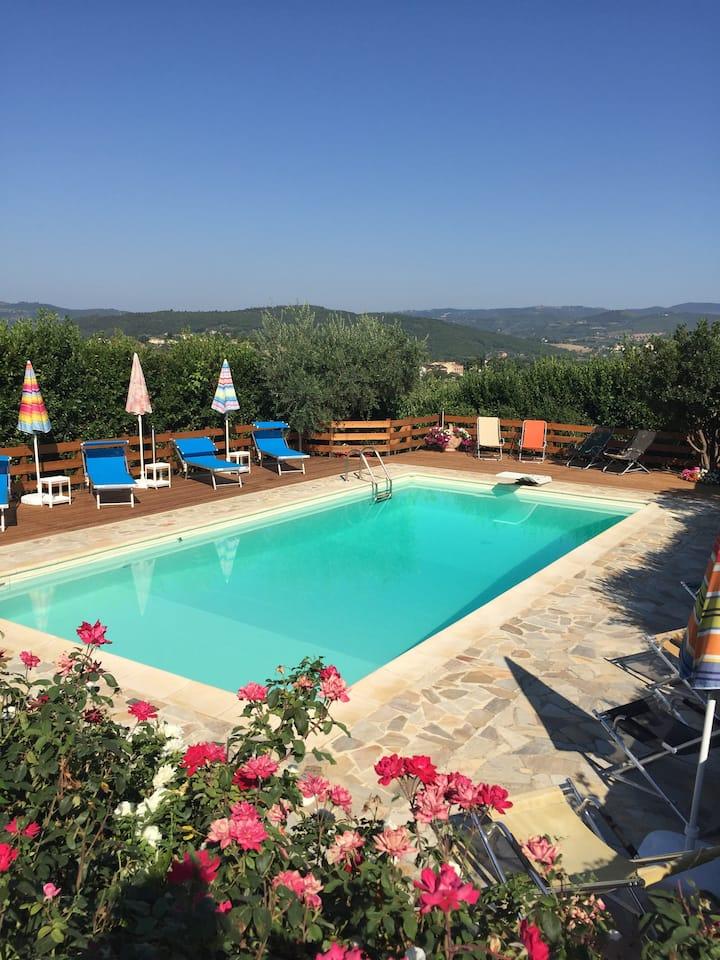 Appartamento in villa privata con piscina Perugia