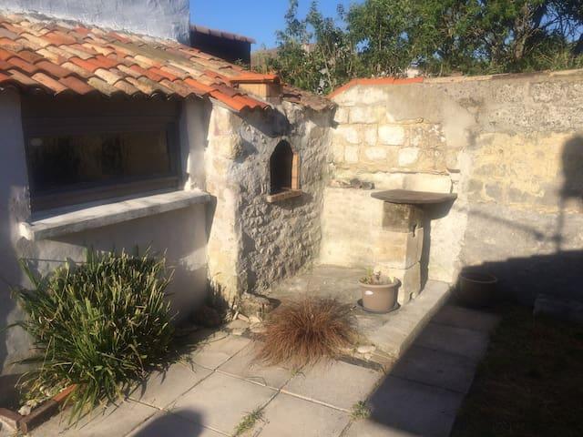 maison au calme avec jardin au pied d'Oléron - Bourcefranc-le-Chapus - House
