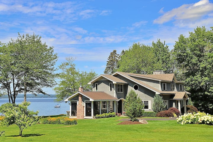 Bayside Manor: a Classic Maine Oceanfront Home