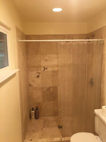 Shower master bedroom
