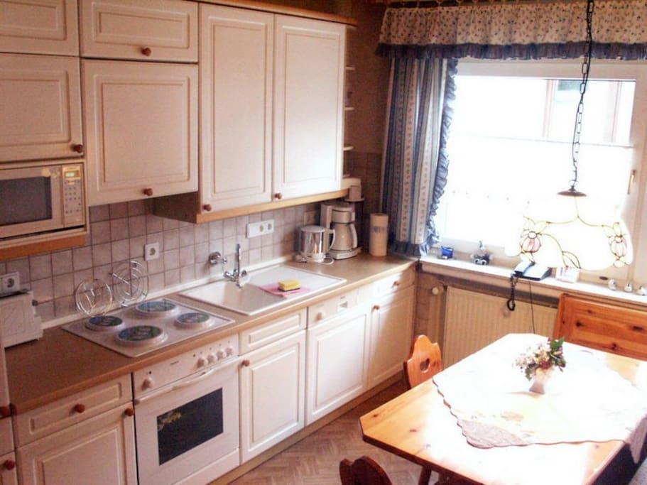 Küche und Essecke