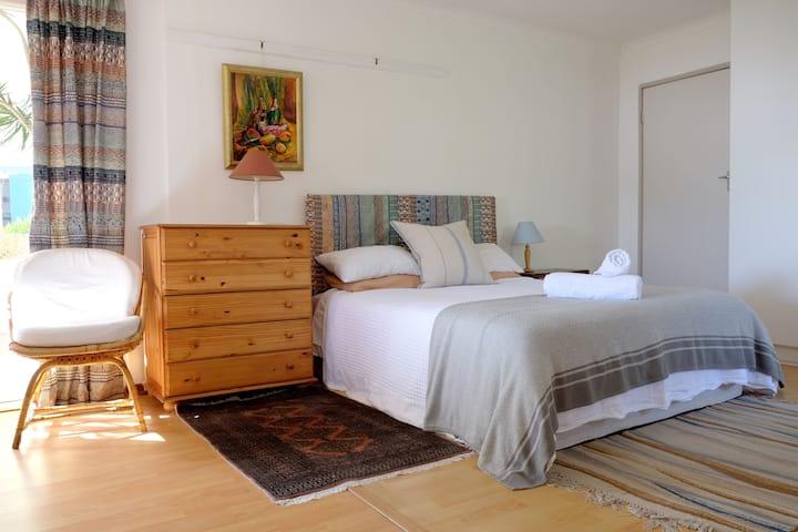 Bay Blue Guest Suite