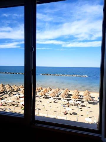 Vista dalla camera da letto della spiaggia libera