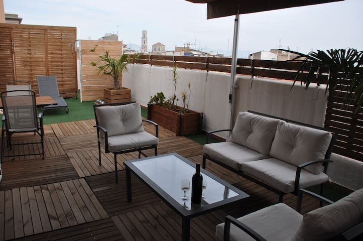 """ CACHITO "" PENTHOUSE AVEC TERRASSE - Figueres - Appartement"