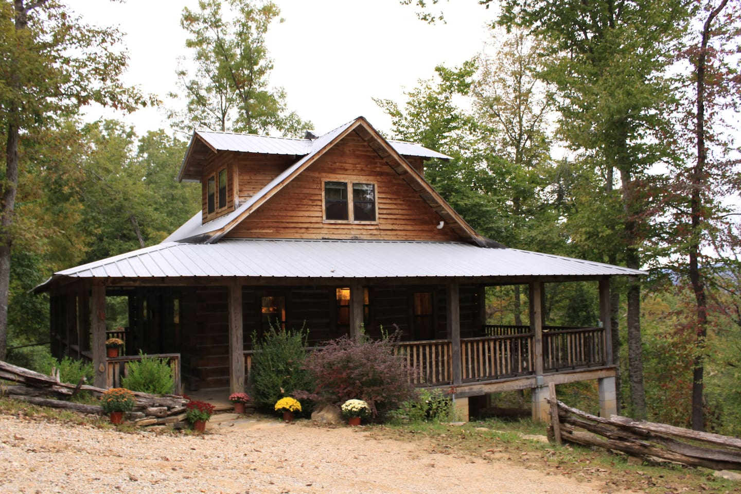 yards cabins hotels image from luxury comfortable well equipped ha cabin the home jasper bed beach arkansas s deal area property conservation and in near