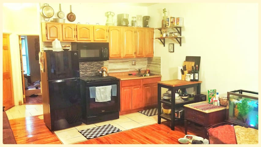 Comfortable stay in 2-bed private room in Bed Stuy