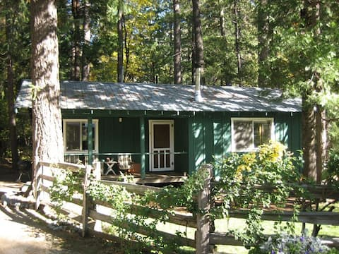 Pasture View Cabin
