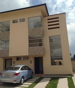 Maison pour vacances / Casa para vacaciones - Sangolqui