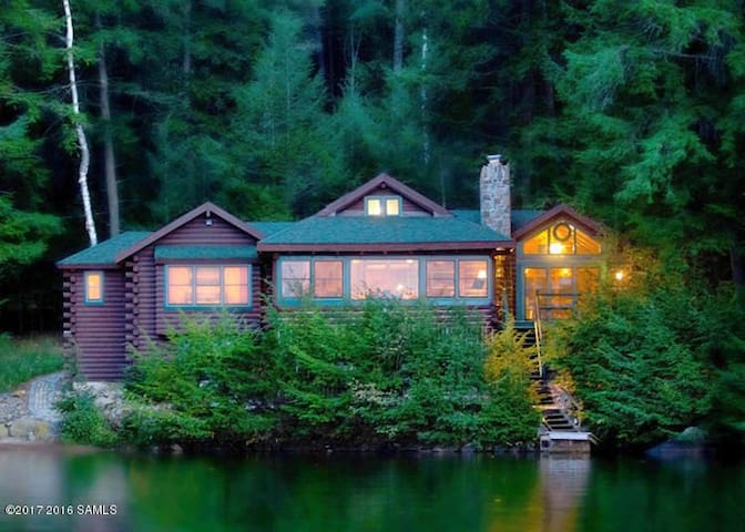 Adirondack Lakefront Cabin - close to Gore skiing